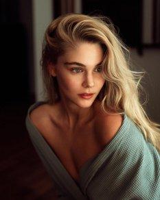 Reed_Walchle女性肖像