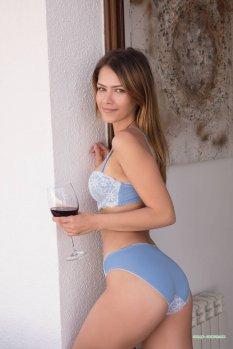健康红酒女孩Laina